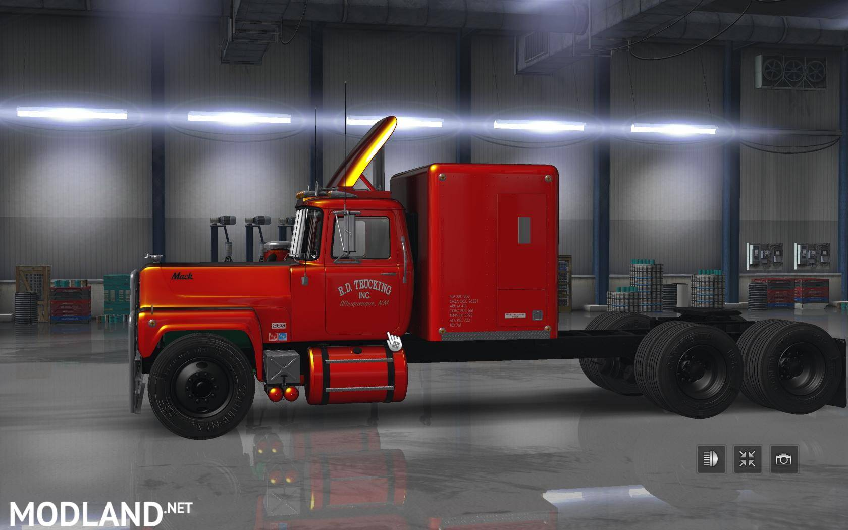 Mack RS 700 & RS 700 Rubber Duck 1.6.x mod for American Truck Simulator, ATS