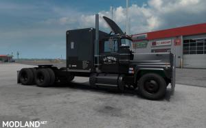 Mack RS 700L Rubber Duck Reworked  1.35.x, 1 photo