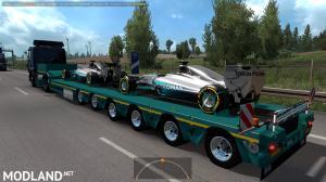 Mercedes AMG Petronas in traffic, 2 photo