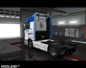Mercedes Actros - Michelin Skin, 3 photo