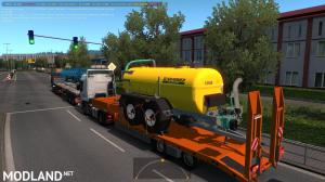 Agricultural trailers pack in traffic 1.35, 1 photo