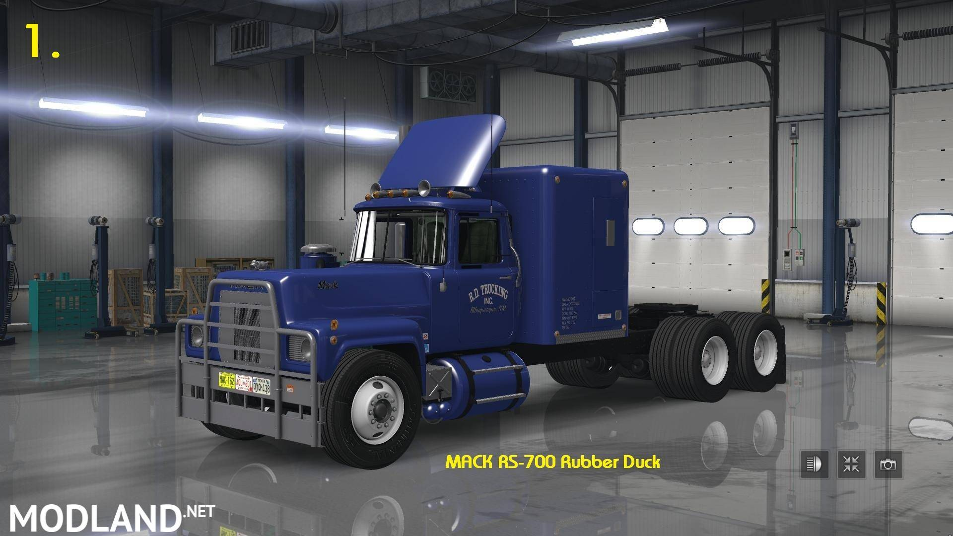 Mack RS 700 & RS 700 Rubber Duck 1.27.x mod for ETS 2