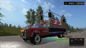 Video Gams Canada Party Truck v 1.0