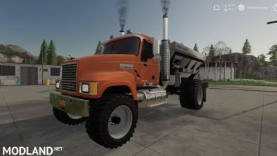 Mack Pinnacle Spreader Truck v 1.0